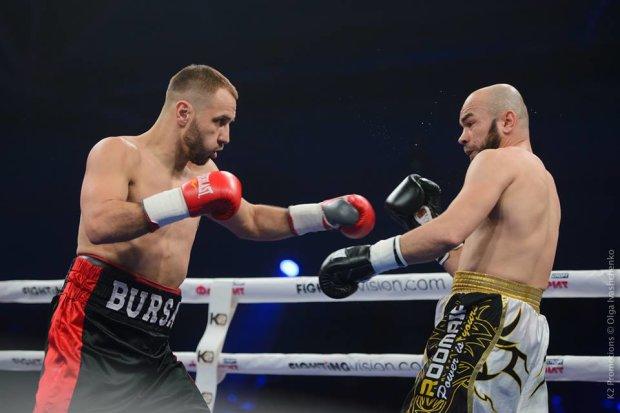 Бой Максима Бурсака против Мукхитдина Раджапбаева завершился вничью