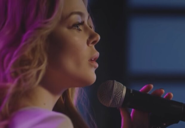 Алина Гросу, кадр из видео