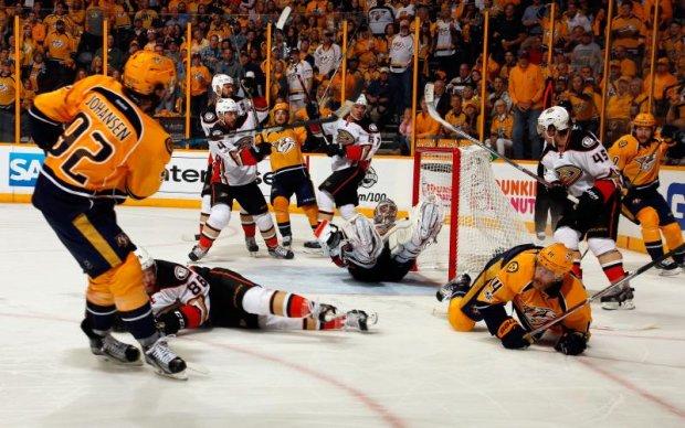 НХЛ: Нешвіл в кінцівці матчу вирвав перемогу у Анахайма