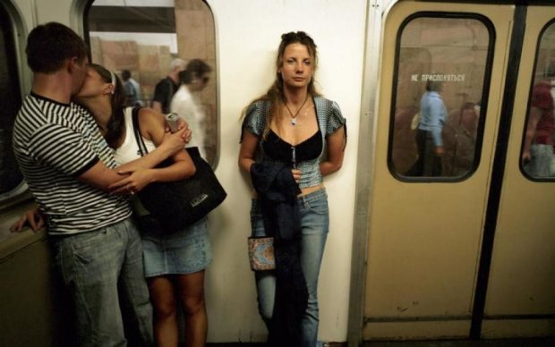 В московском метро сняли настоящий фильм для взрослых: видео