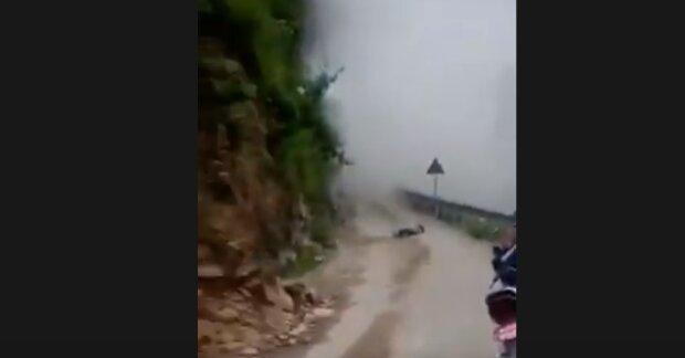 Хлопець випадково зняв на камеру загибель власного друга, відео в уповільненому режимі