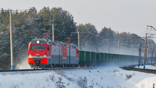 Страшная трагедия на железной дороге оборвала жизнь украинки-красавицы: фото