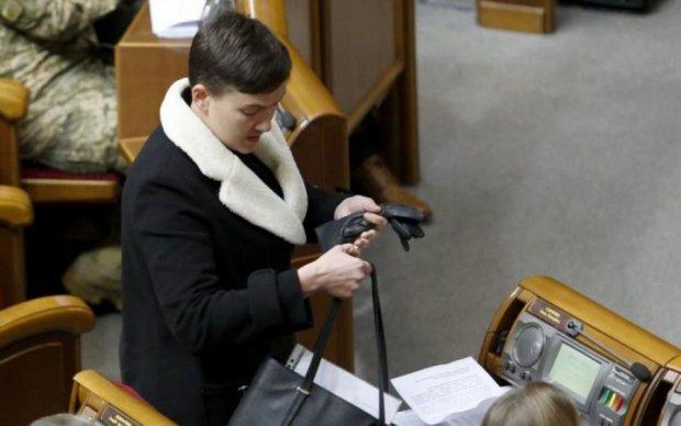 Сердючка, Савченко или Яценюк: архивное фото смутило соцсети