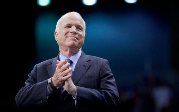 Джон Маккейн: биография сенатора США и друга Украины