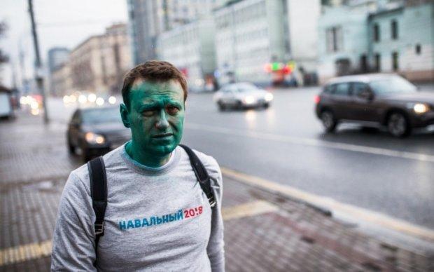 """""""Одноглазый"""" Навальный вышел из больницы"""