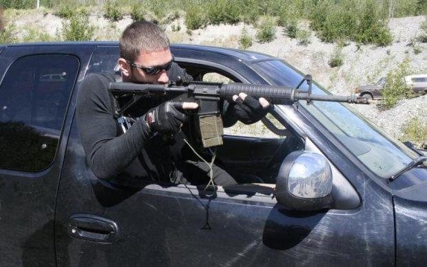 Украинский гангстер: мужчина открыл огонь прямо из окна авто