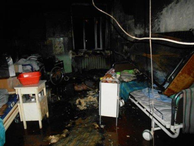 Пожежники врятували  з вогню 78 тяжкохворих