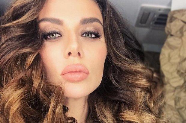 """""""Буде боляче і глибоко"""": руда Седокова підігріла Instagram анонсом"""