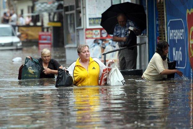 Дожди и грозы устроят в Украине настоящий потоп: запасайтесь терпением