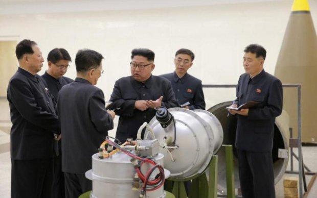Кім Чен Ин готується до війни: народ евакуюють