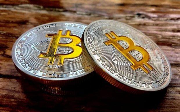 Курс біткоіна на 30 липня: головна криптовалюта обдурила інвесторів