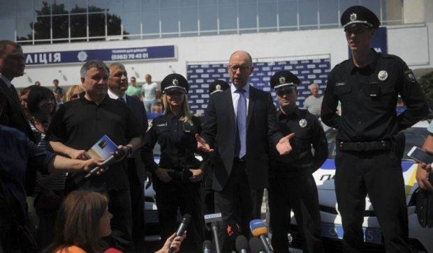 Нова поліція з'явиться у Краматорську та Слов'янську – Аваков