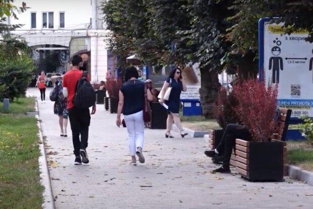 Тернополь снова покраснел – в Киеве решили вернуть строгие ограничения