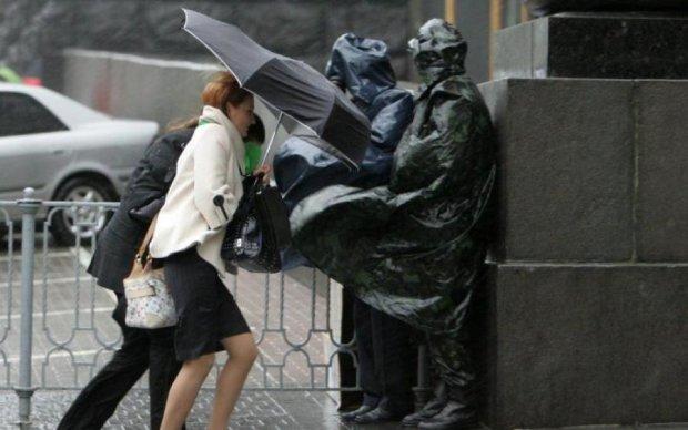 Погода в Україні: синоптики порадили знову закутуватися