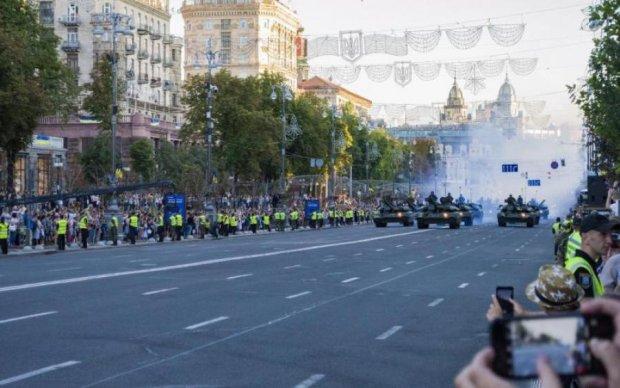 Это революция: украинцам на Крещатике показали железный щит страны