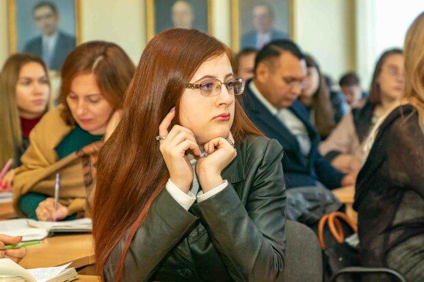 Студенты, фото Днепровский национальный университет имени Олеся Гончара