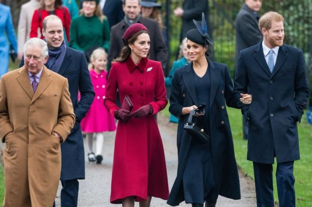 5 правил, по которым празднует Рождество королевская семья: подготовка летом, дешевые подарки и 750 открыток