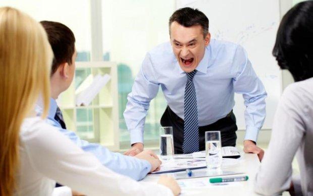 Злий начальник: смерть або струс мозку за запізення