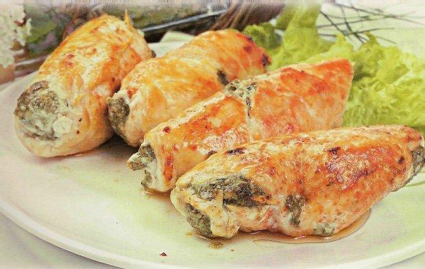 Куриные рулеты с грибами и сыром в духовке: рецепт, который дополнит любой стол