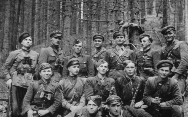 Это не они: Польша отказалась восстанавливать памятник воинам УПА