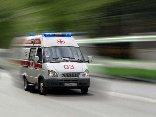 Киянин побив лікаря швидкої допомоги