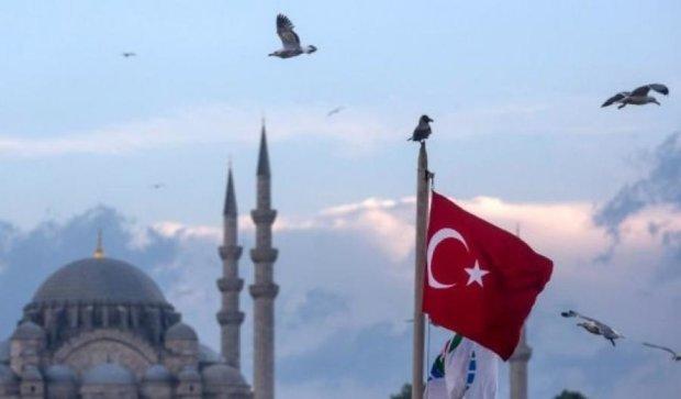 Тепер до Туреччини можна їздити з ID-картками