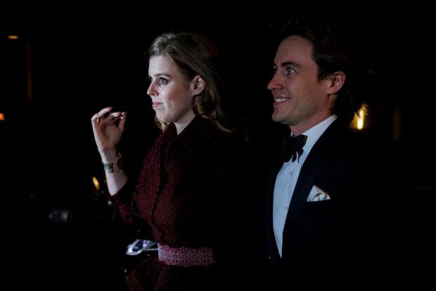 Онука королеви Єлизавети II Беатріс таємно вийшла заміж за італійського графа