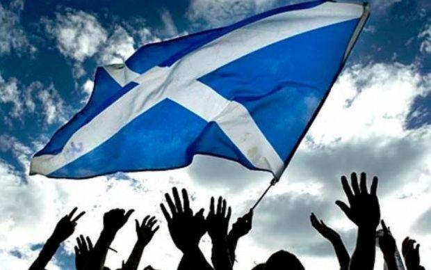 """Шотландия хочет """"попрощаться"""" с Британией до Brexit"""