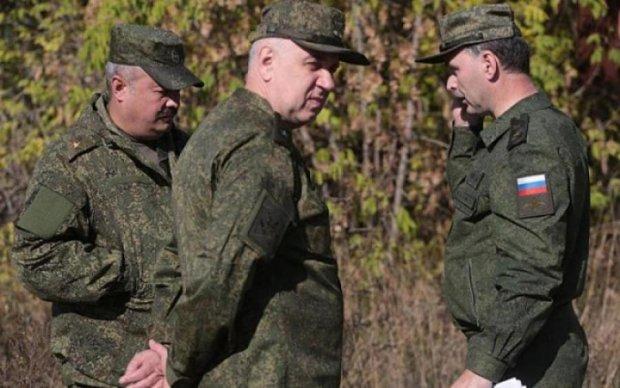 Женуть навіть кривих і косих: армія Путіна готується до заворушки