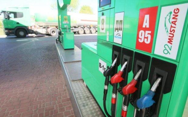Цены на бензин: где и как сэкономить украинцам