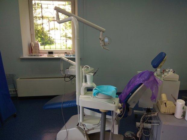 Поход к стоматологу оборвал жизнь юной украинки: впала в кому прямо в кресле