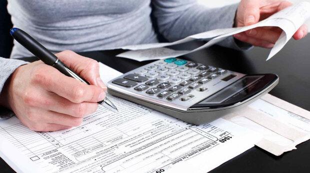 Платники податків перевиконали план: скільки грошей принесли бюджету українці