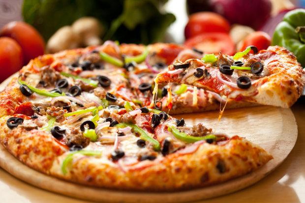 Неаполітанська піца: класичний рецепт, що сподобається кожному