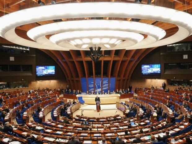Польские государственные СМИ: От ПАСЕ требуют рассмотреть вопрос незаконных санкций против Виктора Медведчука