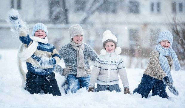 В американском городке около 100 лет дети не могли поиграть в снежки. Смекалистый 9-летний мальчик это изменил