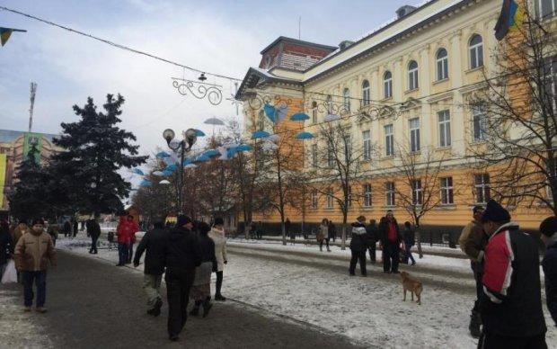 Хорошо устроились: украинцев хотят лишить пенсий