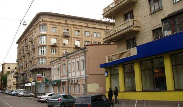 """В киевских """"сталинках"""" рекордно подешевели квартиры"""