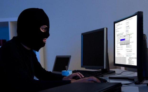 Як не стати жертвою кібершахраїв: 5 лайфхаків