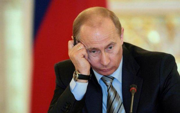 Обвал рубля: що чекає Росію і як це відобразиться на Україні