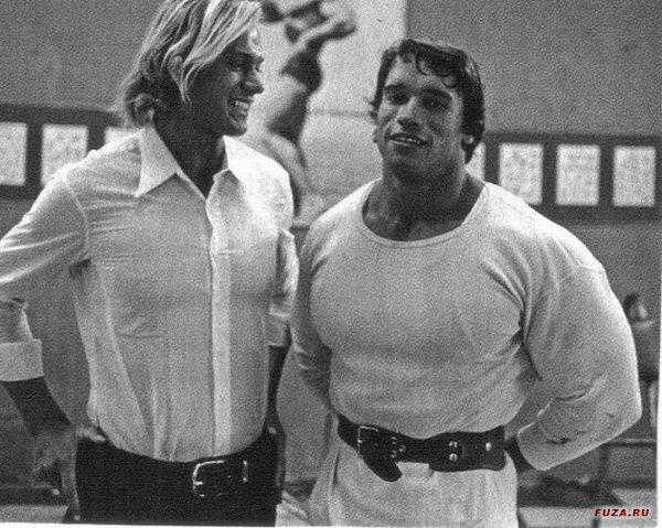 Арнольд Шварценеггер со своим старшим братом Майнхардом, 1967 год, Австрия