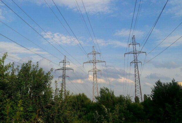 Президентська фракція нарешті почала займатися проблемою боргів на енергоринку – Тинний