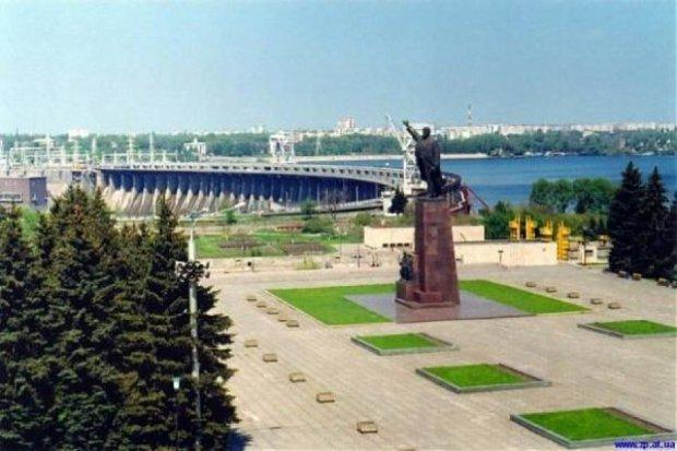 Центральну площу Запоріжжя перейменували на Майдан Героїв