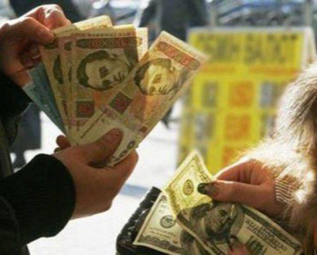 «Нацбанк опускает курс административными методами» - эксперт