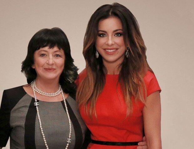Ани Лорак с мамой, скриншот: YouTube