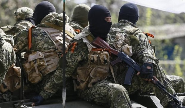 """Терористи сформували """"молодіжні дружини"""" на Донбасі"""