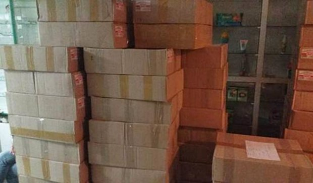 У аптеці Дніпропетровська вилучили 500 л фальсифікованого спирту (фото)