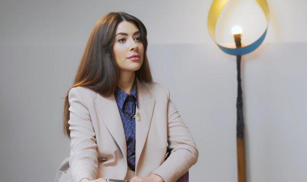 Раміна Есхакзай, скріншот з відео