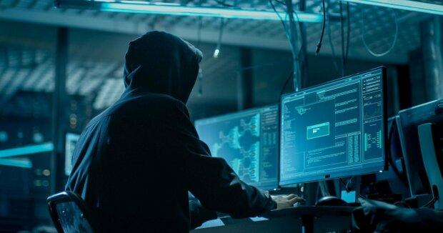"""Вікіпедія все: хакер атакував сервери по всьому світу, в режимі """"on line"""""""