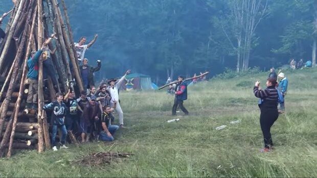 """Рок-н-рол посеред Карпат - в мережу злили тизер яскравої документалки про фестиваль """"Шипіт"""""""