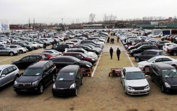 Не розкіш, а засіб пересування: топ-10 найдешевших автомобілів України